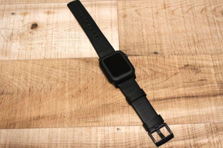 Apple Watchノマドバンド『NOMAD Active Strap』Apple Watchとつなげてみる