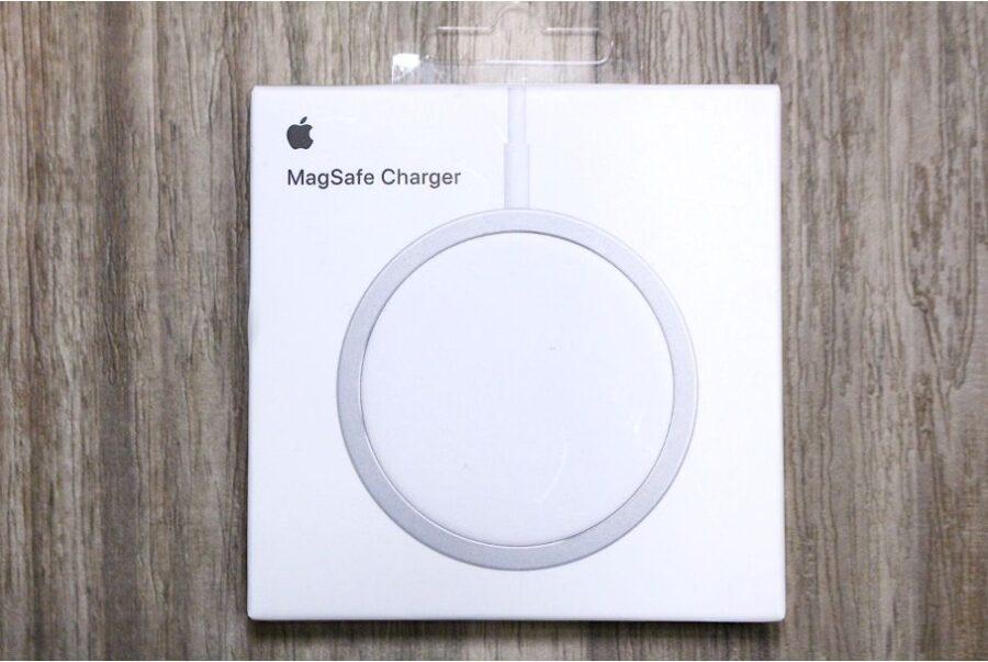 iPhone12シリーズ(無印・mini・Pro:Max)のApple MagSafe充電器外箱