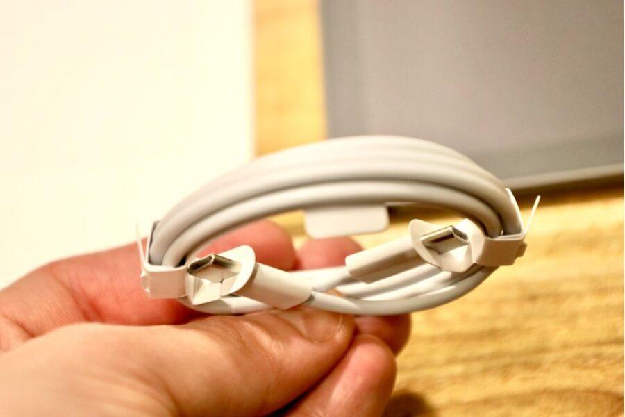 iPad Air 4(2020)のUSB-C to USB-Cケーブル