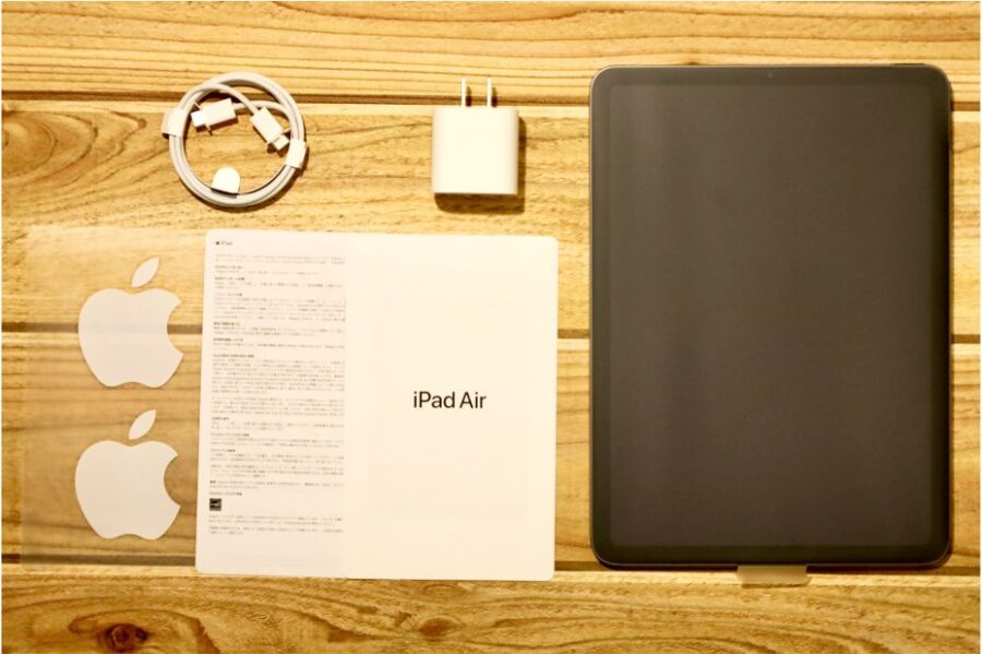 iPad Air 4(2020)の内容物