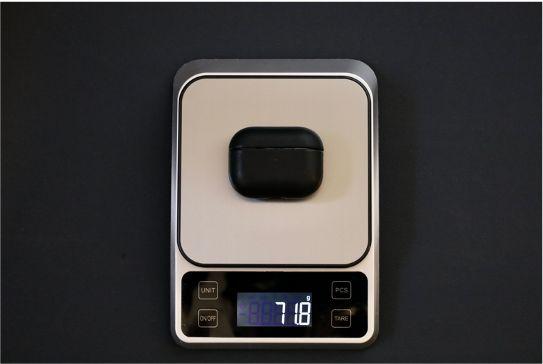AirPods ProレザーケースのNOMAD Rugged Caseの本体と合わせた重量
