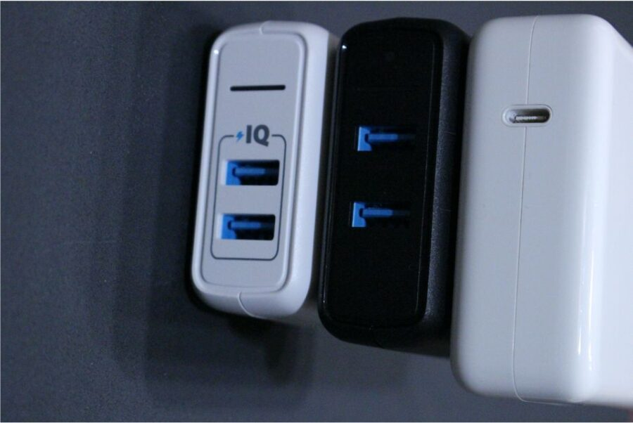 Anker PowerPort Speed2 他の充電器と比較3