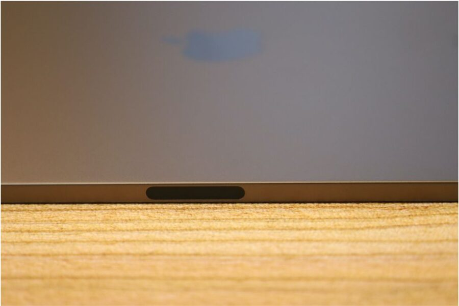 iPad Air 4(2020)磁気コネクタ