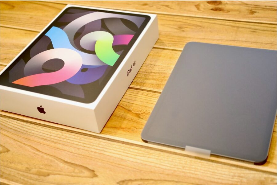 iPad Air 4(2020)ベゼルレス化で初代以来のAirを購入したときの画像