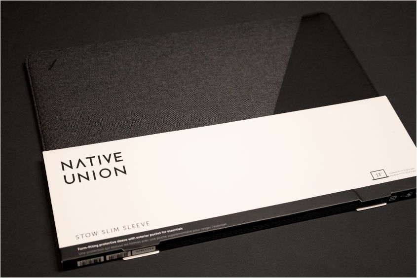 NATIVE UNION Stow Slim Sleeve MacBook Air:Pro用の外箱全体内容物