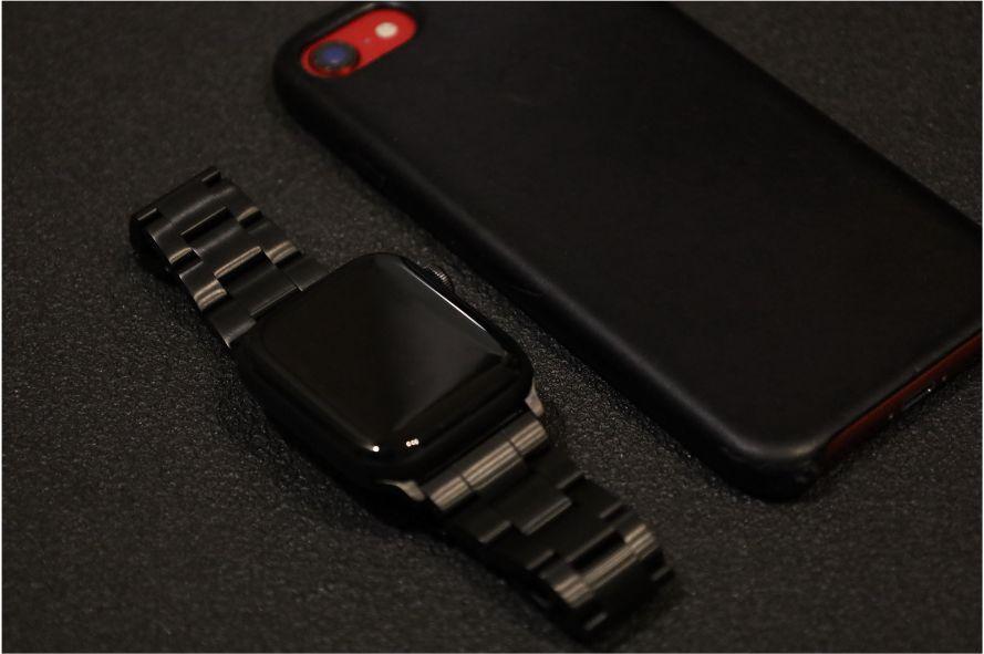 『JEDirectr』Apple Watch王道ステンレスバンドの特徴