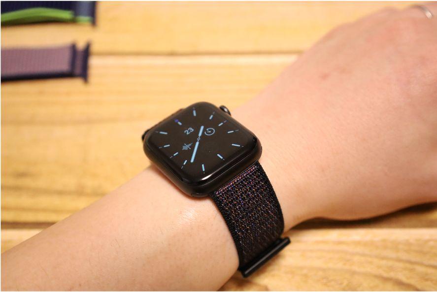 Apple WatchナイロンスポーツATUPバンド黒い砂2