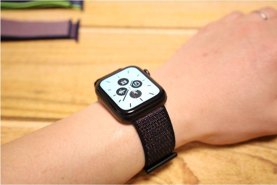 Apple WatchナイロンスポーツATUPバンド黒い砂1