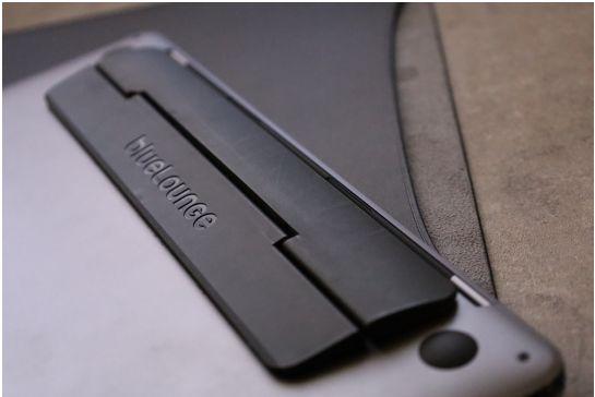 エレコムMacBook Air:Pro用のレザースリーブの本体使用してみる
