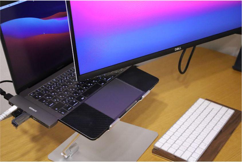 クラムシェルモード時のAnker PowerExpand Direct 7-in-2 USB-C PD