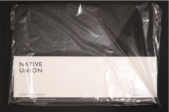 NATIVE UNION Stow Slim Sleeve MacBook Air:Pro用の外箱表
