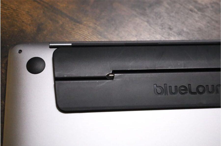 Bluelounge Kickflipを三年間使用して傷んだのはヒンジの部分