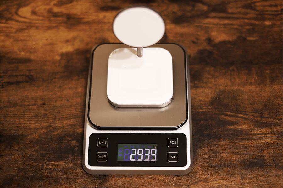 Satechi 2-in-1 MAGNETIC WIRESS CHARGING STANDは約294g