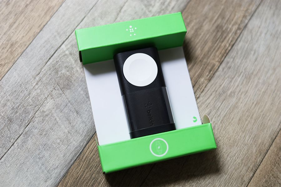 Belkin BOOST CHARGE Apple Watch用モバイルバッテリーはめちゃくちゃちっちゃい