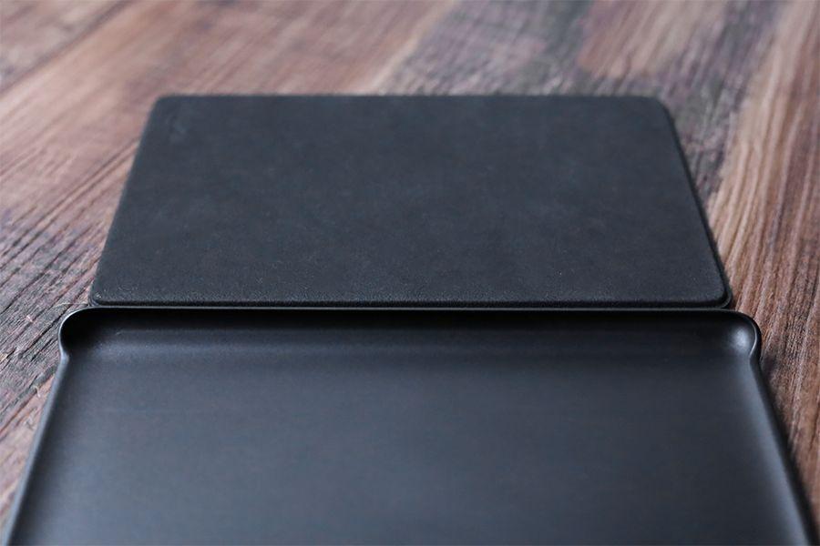 Kindle Paperwhite純正レザーケース:カバーは内側も外側もフルカバー可能