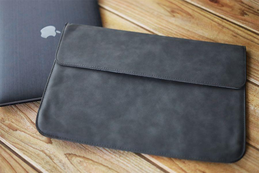 フェルト素材のMacBookケース