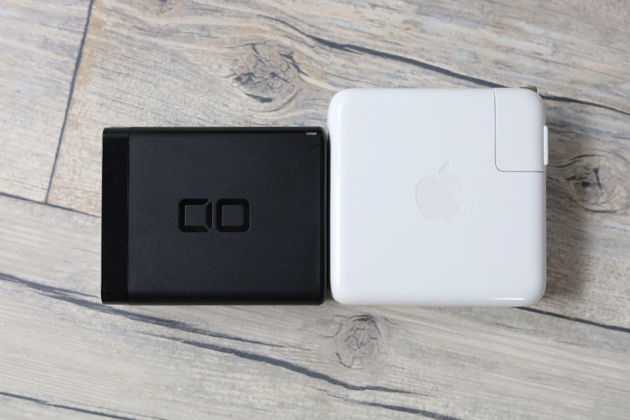 CIO LilNob USB PD 4ポート100W【G100W3C1A】はApple純正充電器を比較