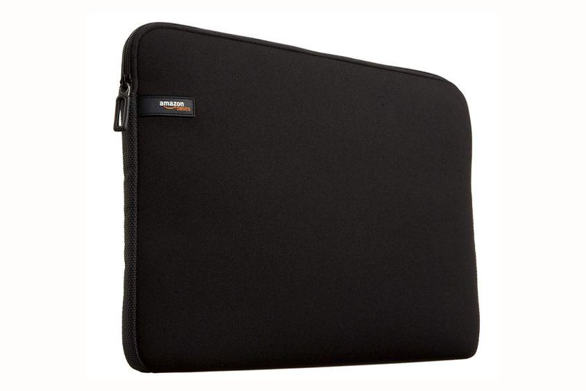 AmazonベーシックPCケースのMacBook用ケース