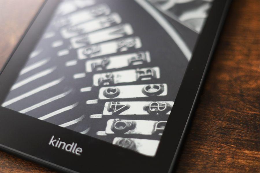 Kindle Paperwhiteは特殊インクで本のような質感