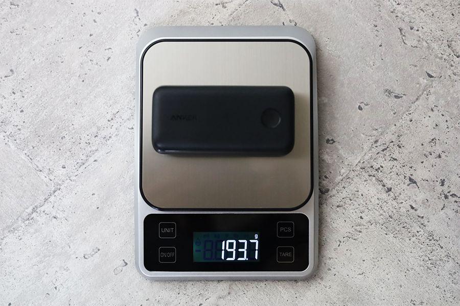 Anker PowerCore 10000Redux 25Wの重量193g