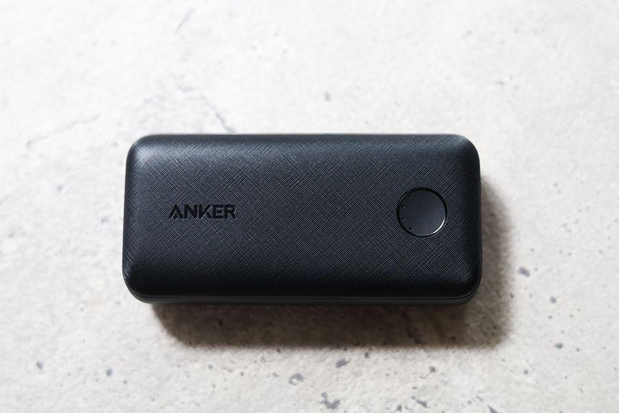 Anker PowerCore 10000Redux 25Wの本体表面
