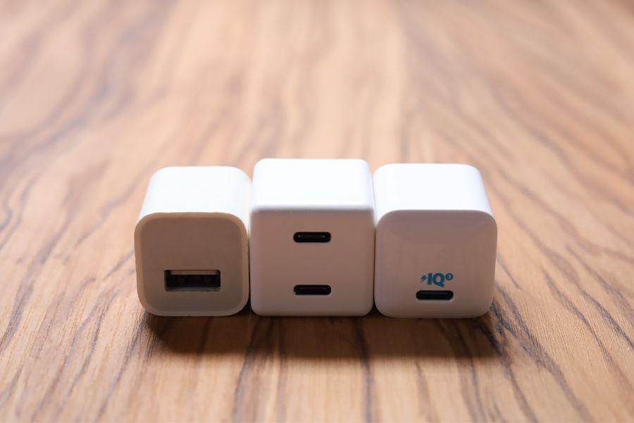 CIO-PD20Wは2ポートで1ポートの20W充電器とサイズが変わらない
