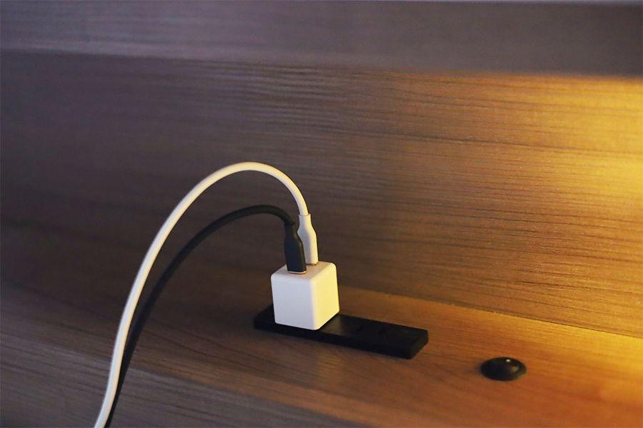 CIO-PD20Wはベッドのコンセントにおいて就寝時用にも良い