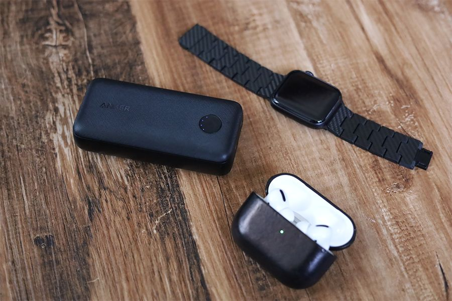 Anker PowerCore 10000 PD Redux 25WはAppleWatchやAirPodsも充電可能