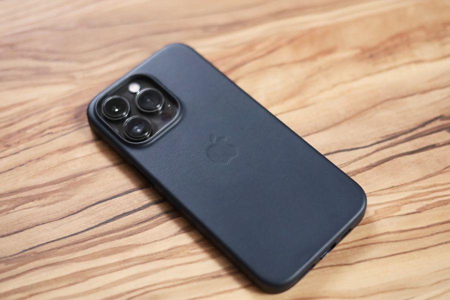 iPhone 13 Proのケースは純正で決まり