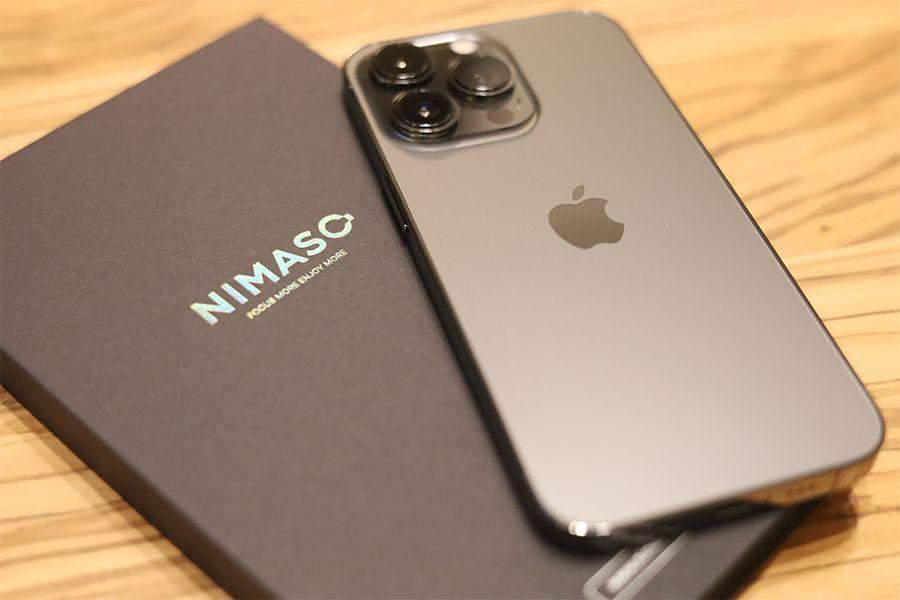 iPhone 13 ProのフィルムもNIMASO