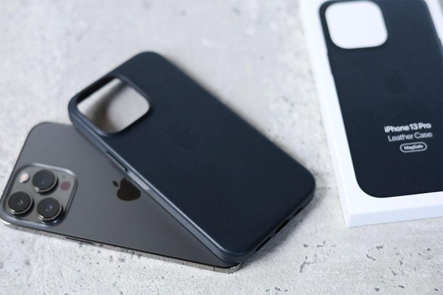 iPhone 13 Pro Apple純正レザーケースミッドナイトのレビューまとめ