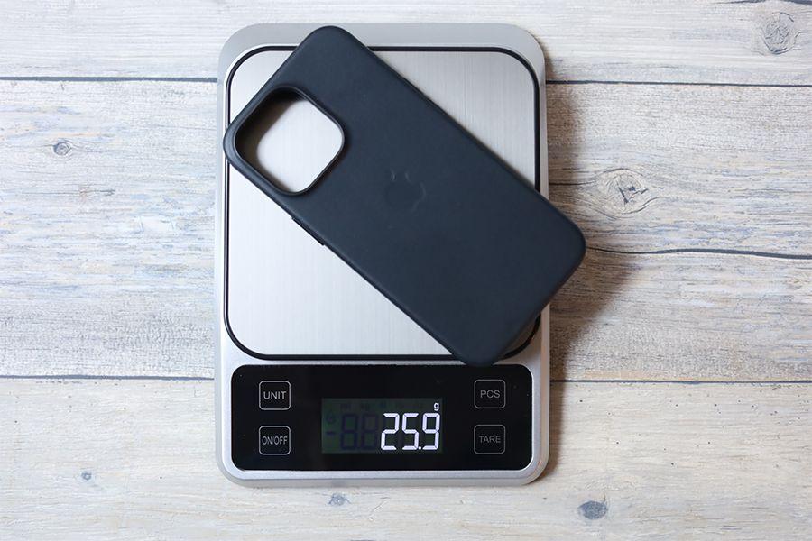 iPhone 13 Pro Apple純正レザーケースミッドナイトの重量は約26g