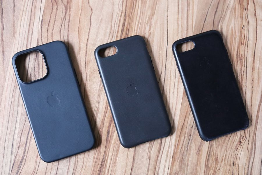 iPhone 13 Pro Apple純正レザーケースミッドナイトとその他レザーケース比較