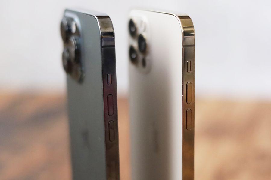 iPhone 12 ProとiPhone 13 Proと比較音量ボタン周り
